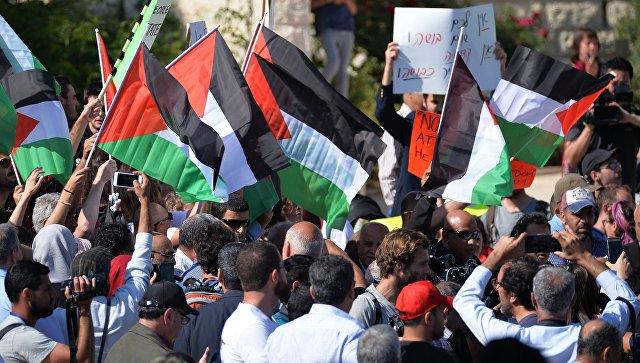 Участники акции у посольства США в Иерусалиме, проходящей из-за переноса посольства США из Тель-Авива в Иерусалим. 14 мая 2018
