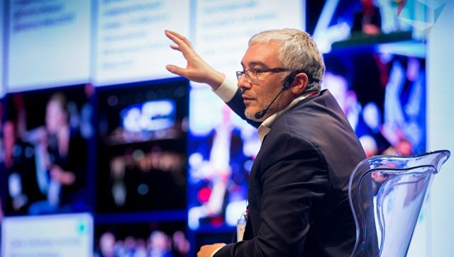 Спецпредставитель российского президента по цифровому и технологическому развитию Дмитрий Песков. Архивное фото