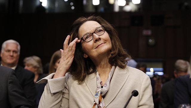 Назначенная на пост директора ЦРУ Джина Хаспел на слушаниях по поводу её назначения в Сенатском разведывательном комитете на Капитолийском холме в Вашингтоне. 9 мая 2018
