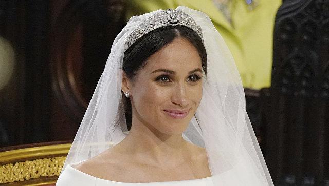 Меган Маркл во время свадебной церемонии в часовне Святого Георгия в Виндзорском замке недалеко от Лондона, Англия. 19 мая 2018