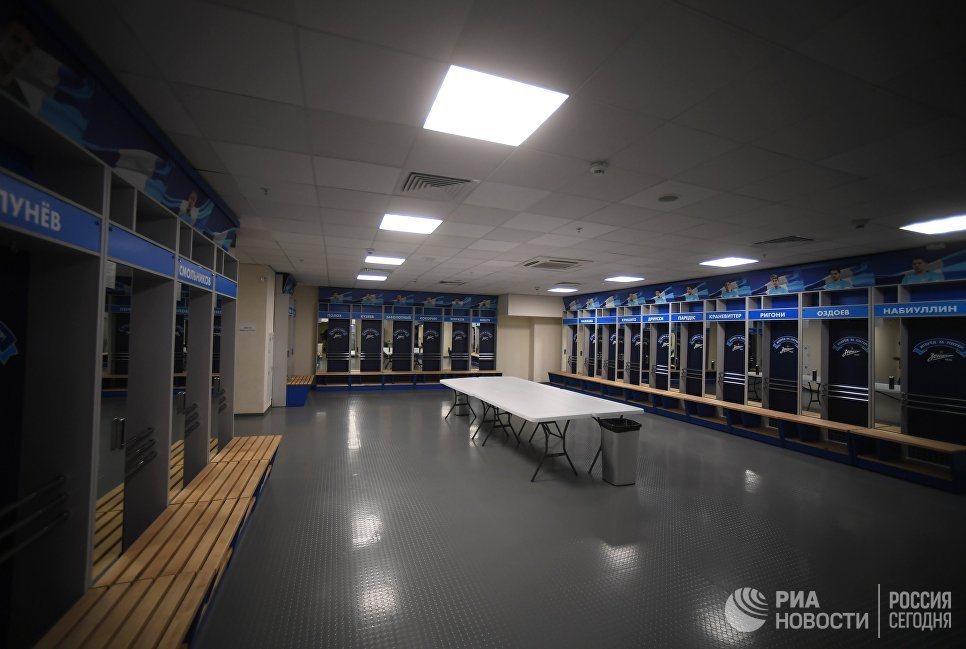 Раздевалка футбольной команды Зенит на стадионе Санкт-Петербург, где пройдут матчи чемпионата мира по футболу 2018