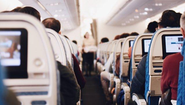На борту рейса Москва-Махачкала умерла женщина