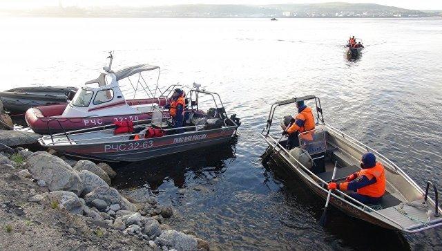Спасатели ищут пропавший у берегов Владивостока катер с тремя людьми