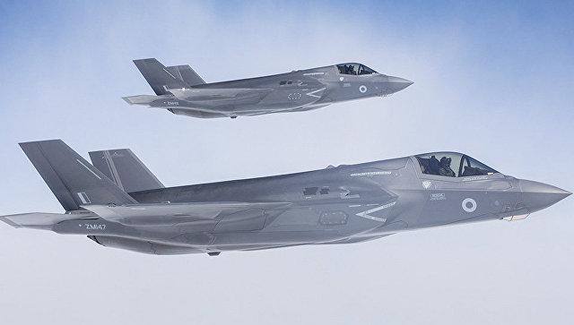 Истребители-бомбардировщики F-35 Lightning