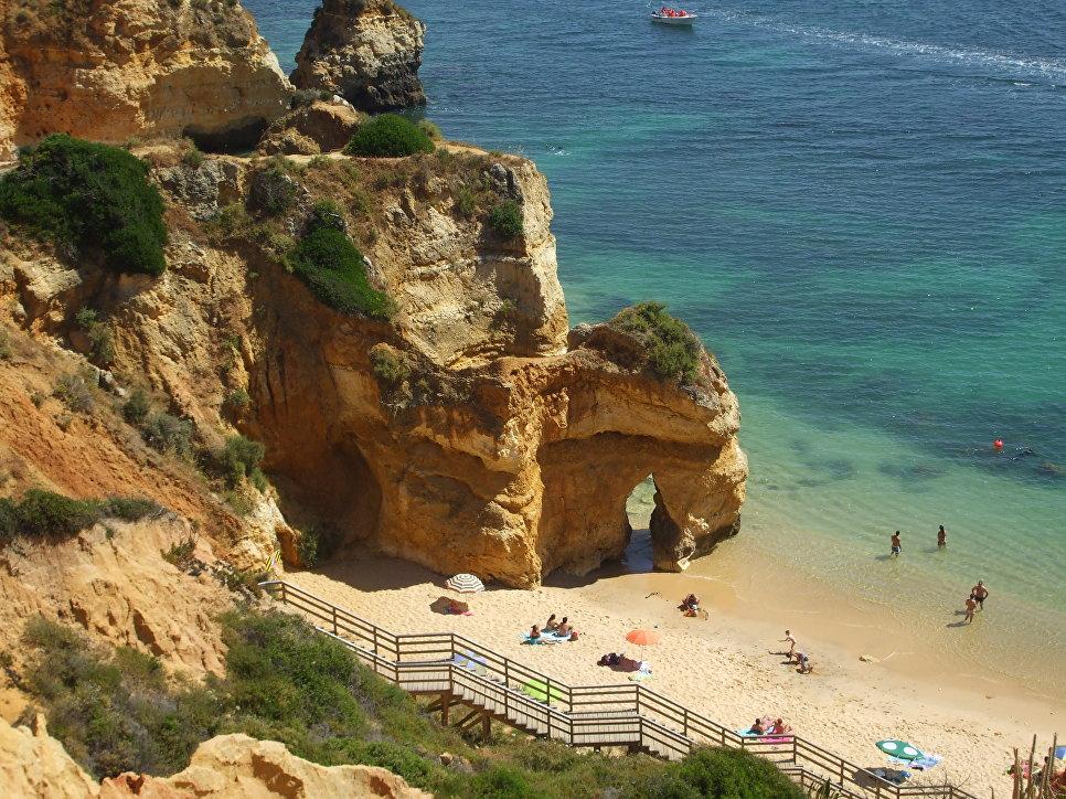 Пляж в Алгарва, Португалия