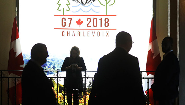 Логотип саммита G7 в Квебеке, Канада. Архивное фото