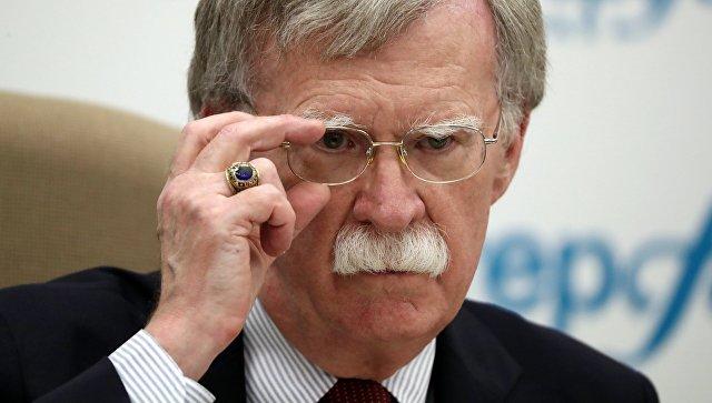 Болтон: РФ  внастоящее время  невмешивается ввыборы США, как втечении следующего года