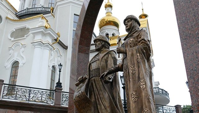 Храм в честь святых благоверных князей Петра и Февронии Муромских в Донецке