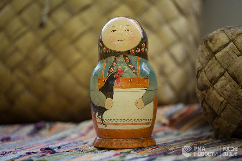 Игрушка Матрешка в музее русской игрушки в Измайловском кремле