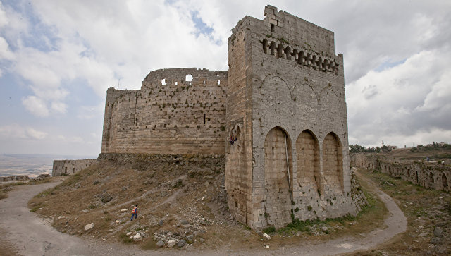 Крепость Крак де Шевалье, расположенная в 65 километрах восточнее города Хомса. Архивное фото