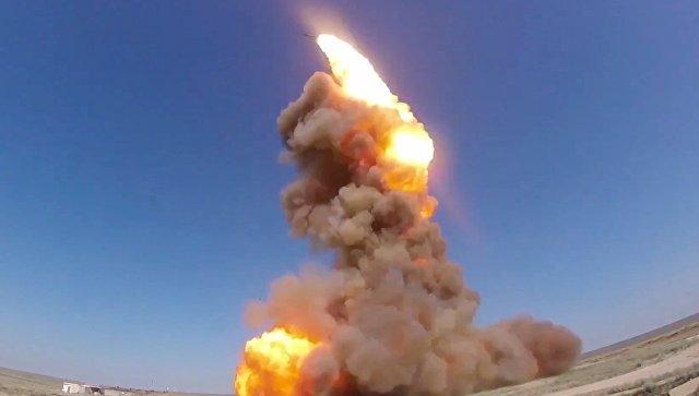 Пуск модернизированной противоракеты российской системы ПРО на полигоне Сары-Шаган в Казахстане. 20 июля 2018