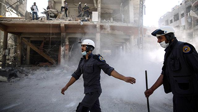 Активисты организации Белые каски в Думе