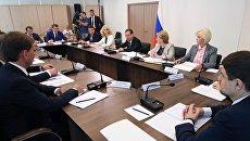 Председатель правительства РФ Дмитрий Медведев проводит совещание  о развитии онкологической помощи населению РФ, которое проходит в Онкорадиологическом центре в Балашихе. 25 июля 2018