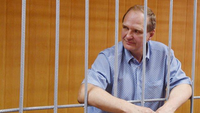 Мосгорсуд проверит законность продления ареста бывшего замглавы МЧС Шлякова