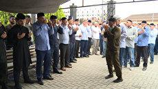 Тысячи человек в Чечне простились с убийцей полковника Буданова
