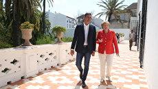 Ангела Меркель во время визита в Испанию и премьером Испании Педро Санчесом. 11 августа 2018