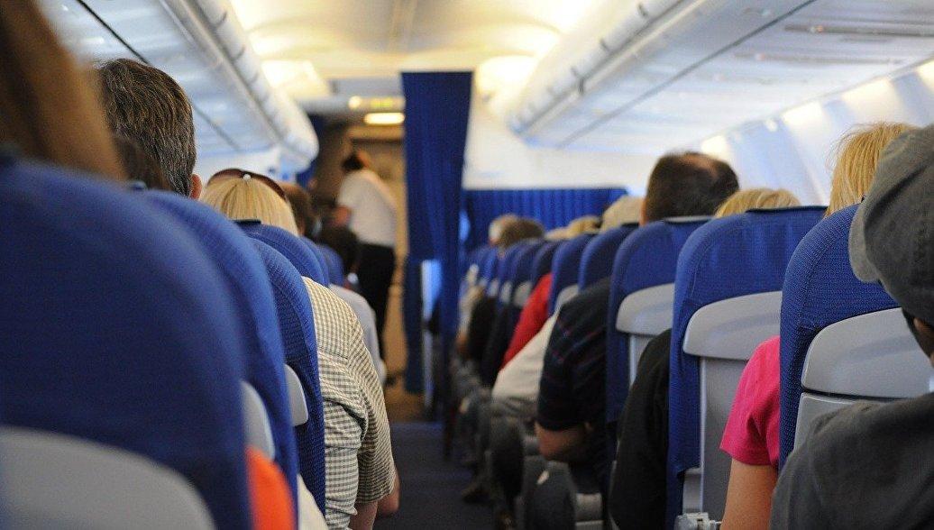 Опрос показал, что почти четверть пассажиров боится летать