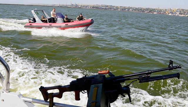 Береговая охрана Украины во время патрулирования Азовского моря