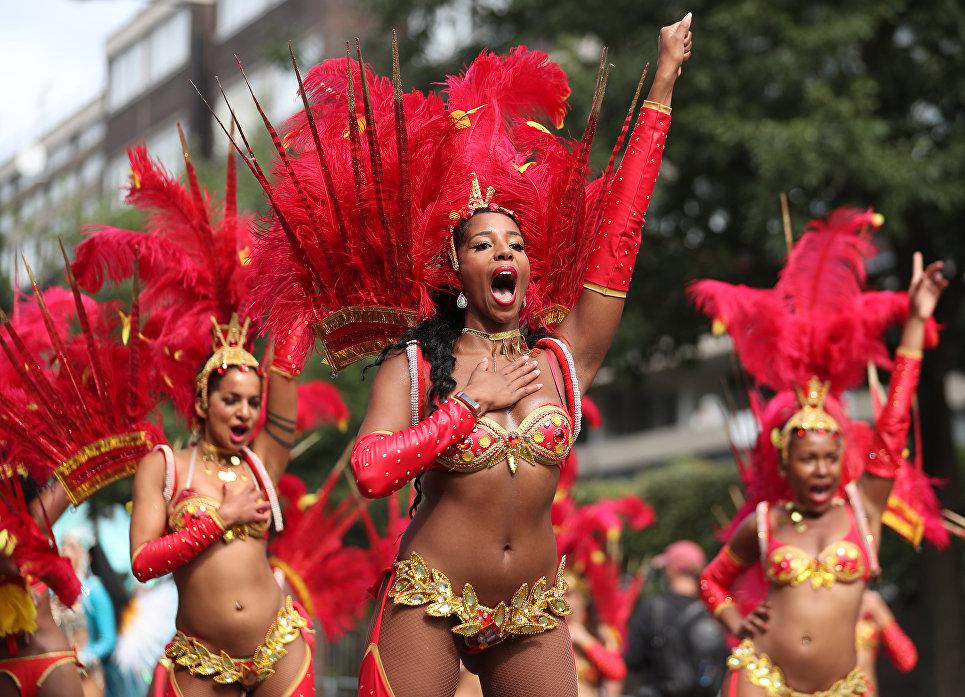 Участницы Ноттинг-Хиллского карнавала