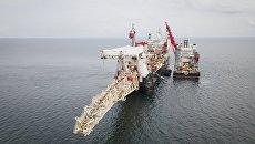 Судно Solitaire во время проведения работ по укладке труб газопровода Северный поток-2 в Финском заливе. 5 сентября 2018