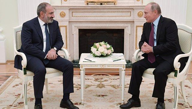 Президент РФ Владимир Путин встретился с премьер-министром Армении Николом Пашиняном