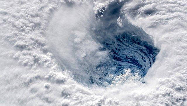 К берегам Камчатки приближается мощный циклон