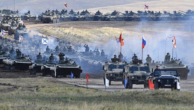 Военная техника во время парада военной техники, участвовавшей в учениях Восток-2018, на полигоне Цугол в Забайкальском крае. Архивное фото