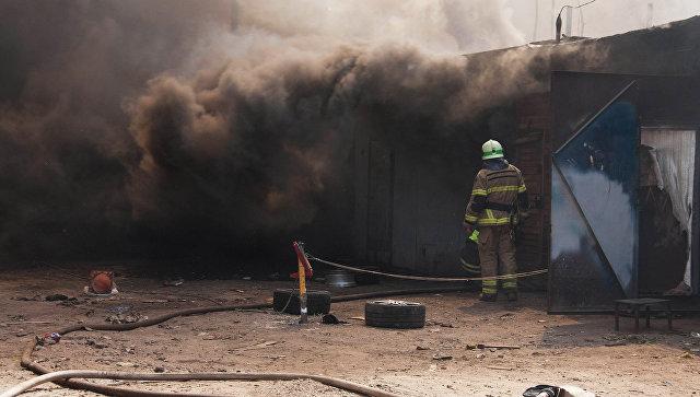 Пожар в гаражном комплексе