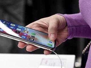 Смартфон iPhone. Архивное фото