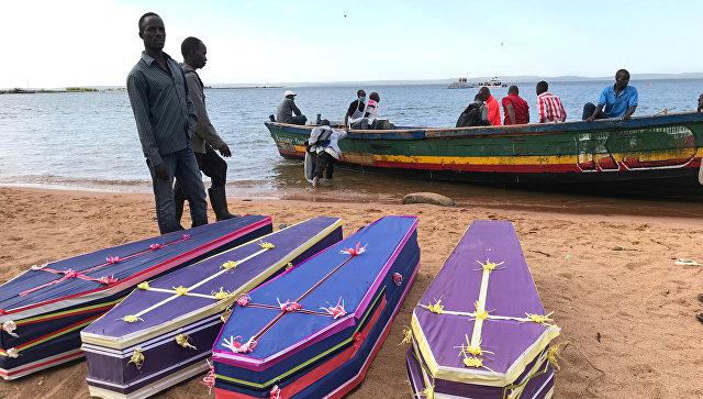 Число погибших при крушении парома в Танзании возросло до 225 человек