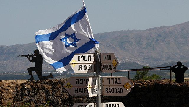 Израильские военные на Голанских высотах в районе границы с Сирией