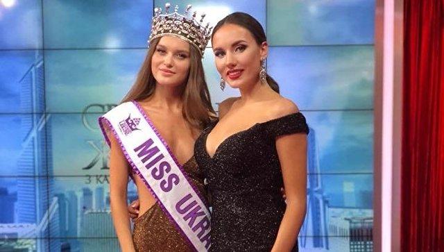 Мисс Украина-2018 Леонила Гузь и исполнительный директор конкурса Виктория Киосе