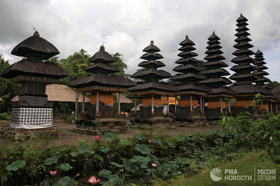 Индуистский храм Батукару. Остров Бали.