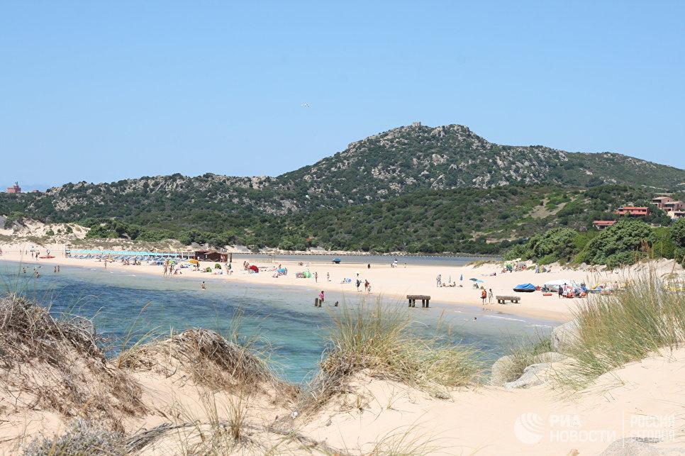 Пляж на Сардинии.