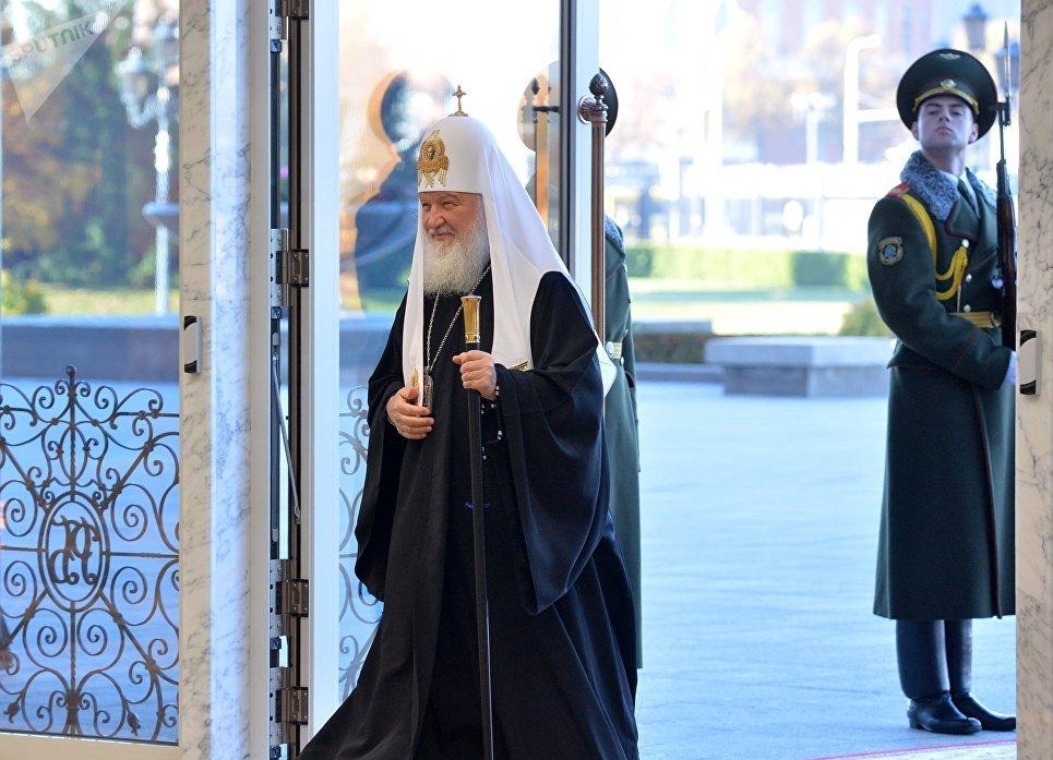 Патриарх Московский и всея Руси Кирилл перед началом встречи президента Белоруссии Александра Лукашенко в Минске. 15 октября 2018