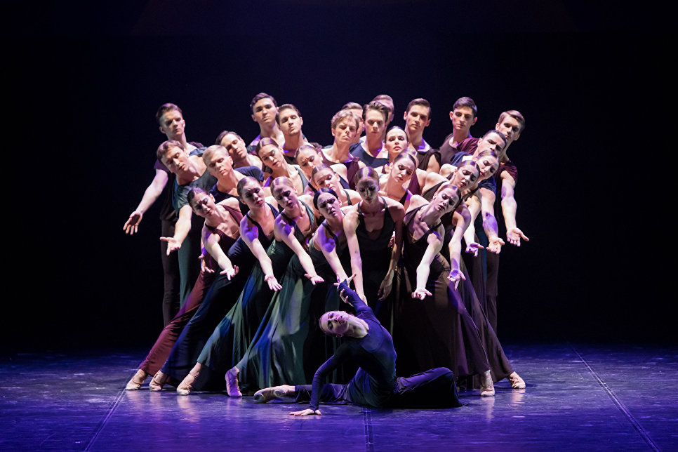 Спектакль Реквием в Санкт-Петербургском государственном академическом театре балета Бориса Эйфмана