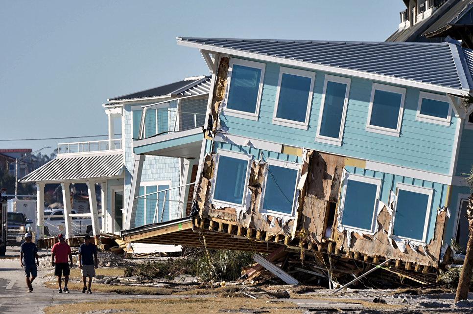 Последствия урагана Майкл в Мексико Бич, Флорида