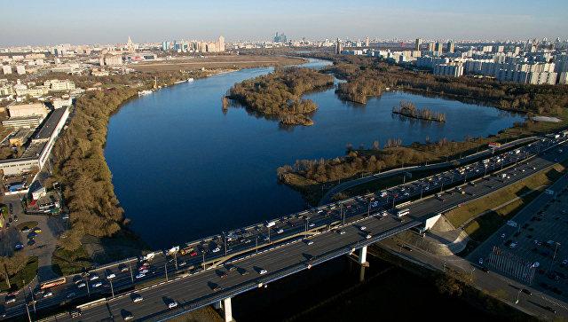 Спасский мост Московской кольцевой автодороги в районе города Красногорск Московской области. Архивное фото