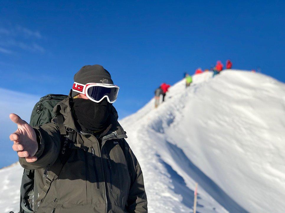 До вершины Эльбруса последние 30 метров.