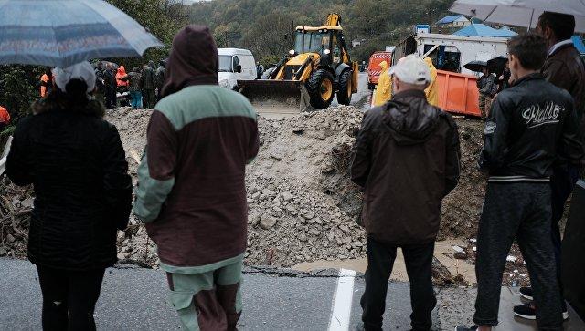 Около 1,5 тысячи человек ликвидируют последствия стихии на Кубани
