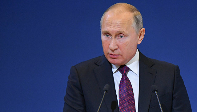 Путин заявил о необходимости новой стратегии для торговли военной техникой