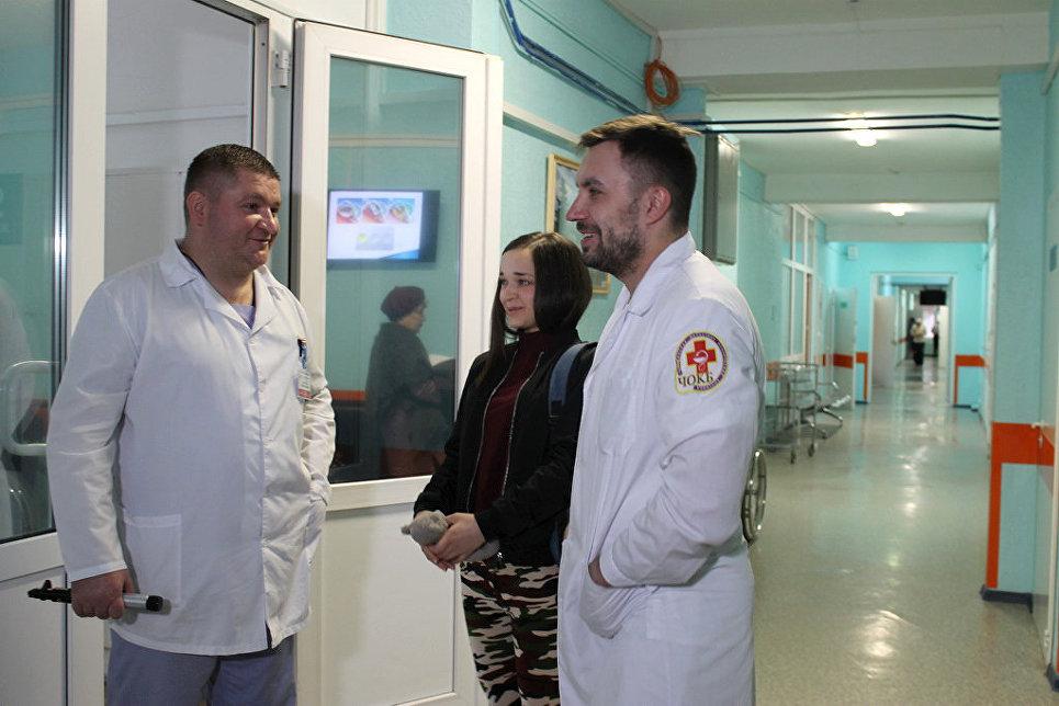 Челябинские врачи вернули зрение модели, потерявшей глаз в ДТП