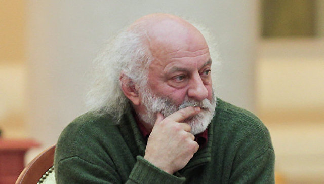 Полунин пригласил на культурный форум организаторов старинных карнавалов
