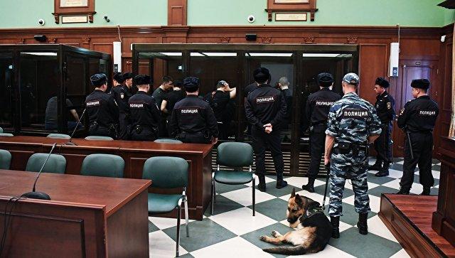 Защита объяснила, почему Шакро Молодой в суде разгадывал кроссворды