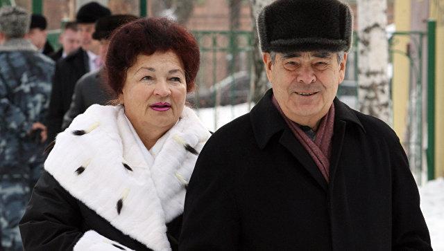 Минтимер Шаймиев с супругой Сакиной Шаймиевой. Архивное фото