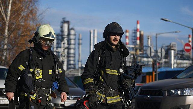 В Москве для борьбы с огнем на НПЗ увеличат количество пожарных расчетов