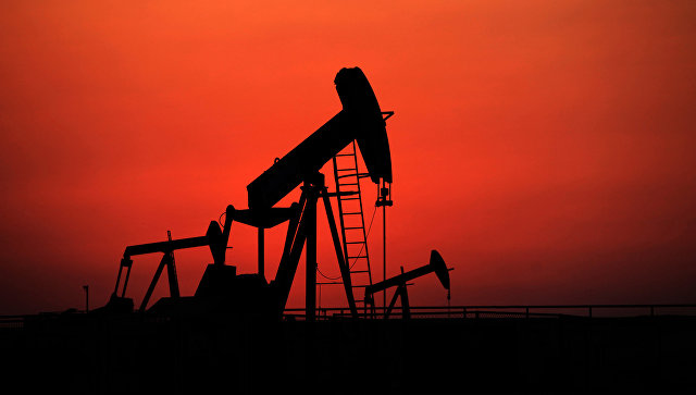 Трамп похвалил себя за снижение цен на нефть