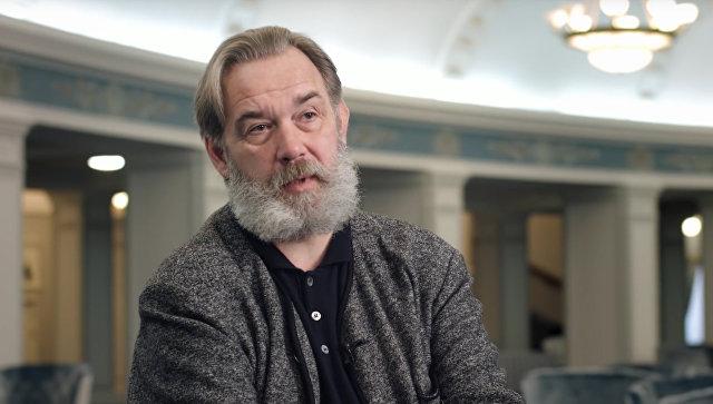 Скриншот видео интервью с оперным певцом Максимом Михайловым. Архивное фото