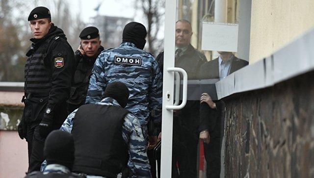 Суд взял под стражу 12 задержанных украинских моряков