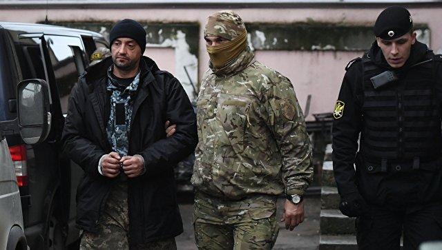Арестованным в Крыму украинским морякам предъявили обвинение